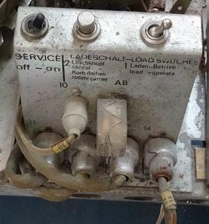 Zwei Schalter und ein Taster - unscheinbar aber wertvoll