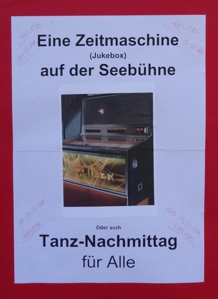 Ein Plakat machte auf die Veranstaltung aufmerksam